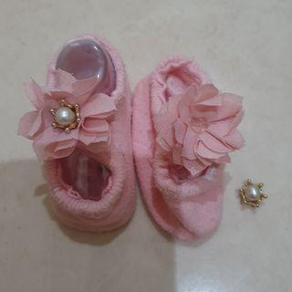 Kaos kaki bunga perempuan (2 pasang)