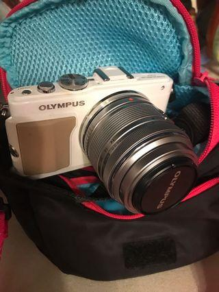 Olympus PEN PL5 95% NEW