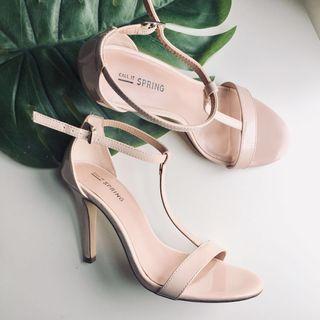 Call it spring heels #GayaRaya