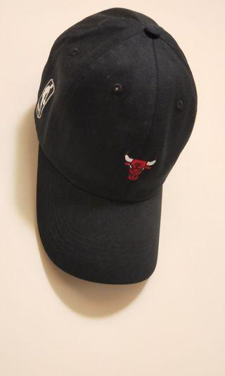🚚 NBA官方授權公牛棒球帽