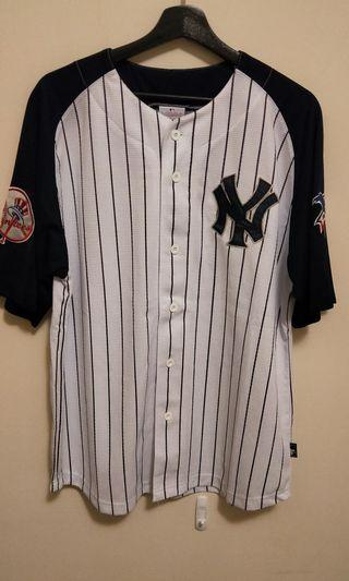 🚚 MLB世界大賽 王健民球衣(L)