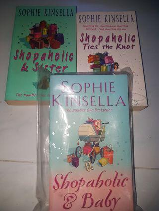🚚 Pre loved shopaholic books
