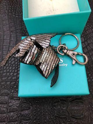 大象銀亮皮飾鑰匙圈 全新