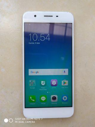 Oppo A39  RAM 3 GB/ 32 GB preloved Box charger