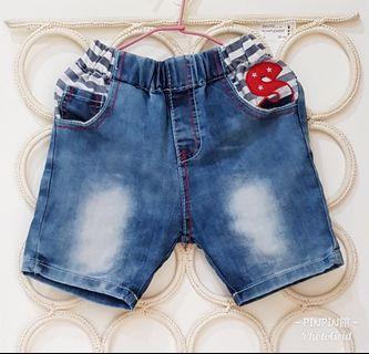 《PinPin館》>童裝 牛仔短褲 2件100元