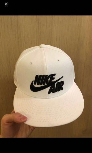 🚚 Nike棒球帽