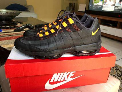 NIKE AIR MAX 95 ULTRA SE (Special Edition) Size 44 US 10