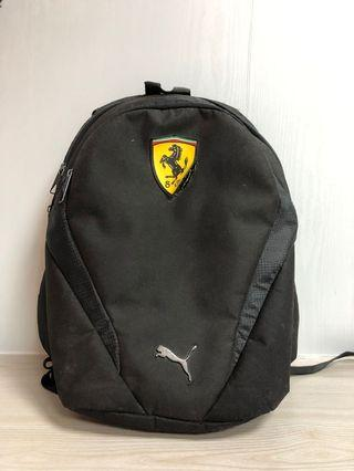 Ferrari 法拉利背包。puma 背包