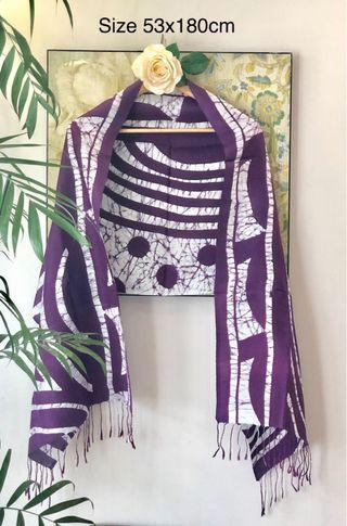 🚚 Silk Shawl/scarf 100% Batik on Silk