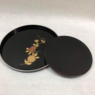 🚚 日本漆器彩繪托盤。一大一小
