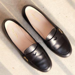 Burberry Leather Loafers (authentic)