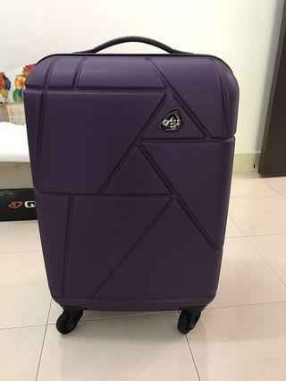 Samsonite Kamiliant cabin size 20' luggage