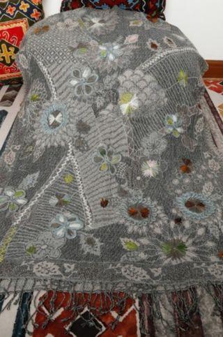 handmade wool shawl from India - lj12