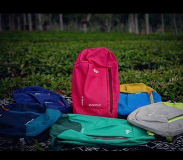 Tas Daypack Arpenaz Quechua Ukuran 10L cocok untuk lari sepeda outdoor