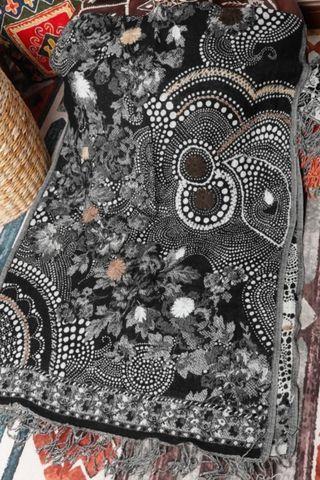 handmade wool shawl from India - lj25
