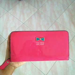 Glossy pink wallet