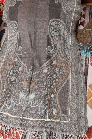 handmade wool shawl from India - lj53