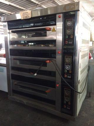 SUN BAKER 3 DECK OVEN ELECTRIC LIKE NEW