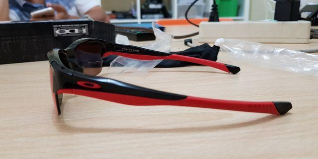 #mauthr Oakley Polarized Sunglasses Kacamata Hitam