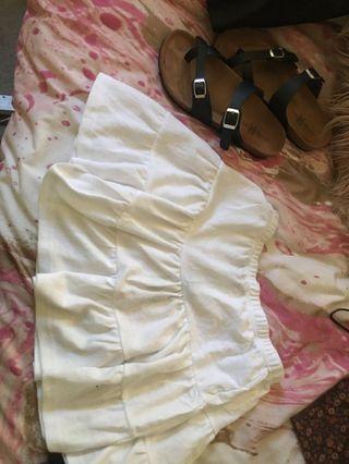 White frill skirt