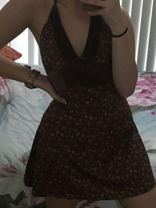 Retro dress halter