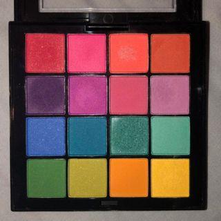 Nyx ultimate eyeshadow palette belum pernah dipake