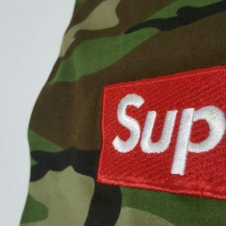 M 👦 SUPREME Camouflage T-shirt