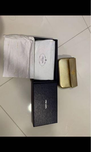 Prada limited edi gold purse like new