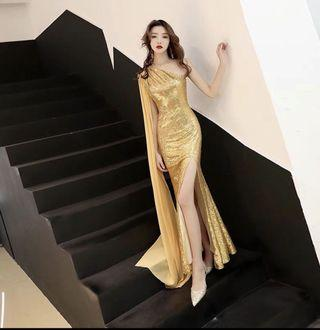 🚚 GOWN Gold