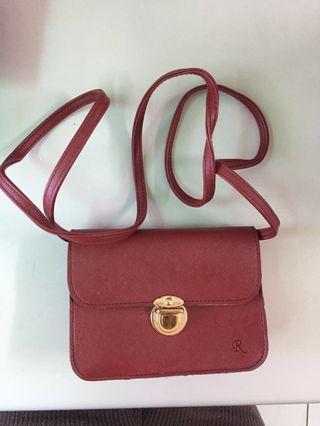 🚚 新加坡帶回紅色小包