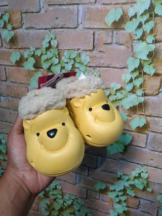 Sendal anak Pooh disney NEW with tag