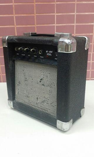 G-10C guitar amplifier
