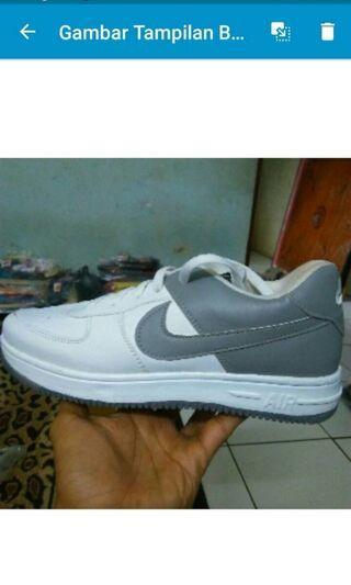 Sepatu Nike Air Force One