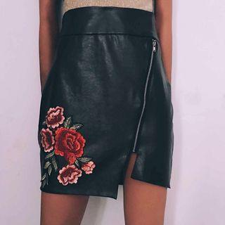 Floral Embroidered skirt leather