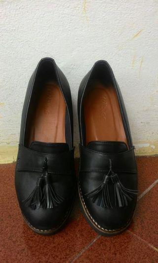 Black shoes oxford pantofel sepatu