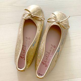 Gold shoes for girl