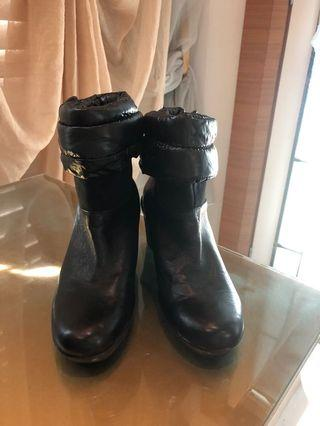 Nine West puffer boots