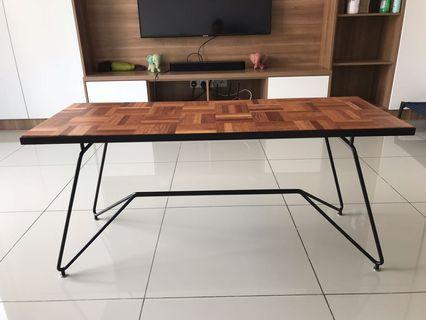 Kedai Bikin Designer Coffee Table (Mr Parquet)