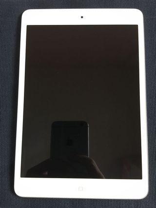 iPad mini 2 16gb wifi 有盒 99%新