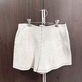 Zara size S shorts strip #summer19
