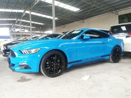 FORD MUSTANG FAST BACK