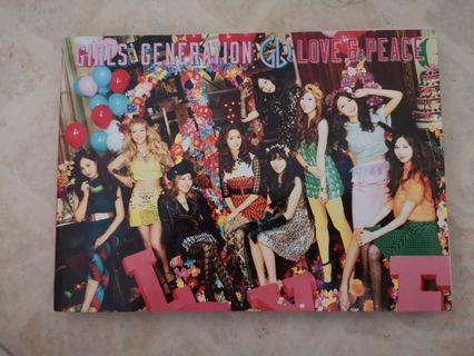 Girls' Generation (SNSD) - Love & Peace album