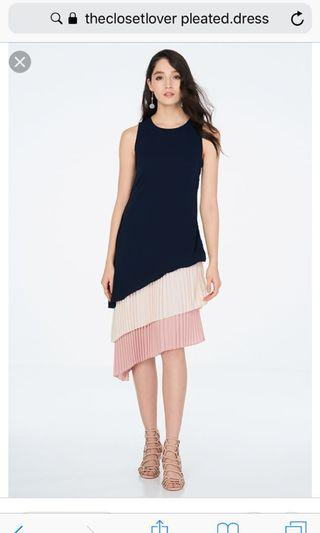 🚚 The Closet Lover Pleated Dress