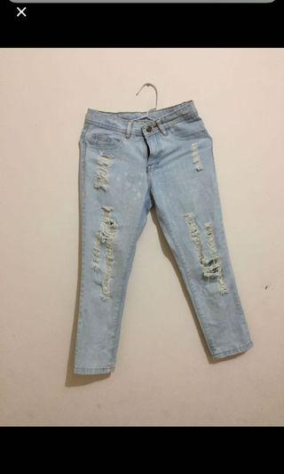 Celana Jeans ripped