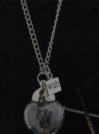 🚚 Glass ball necklace
