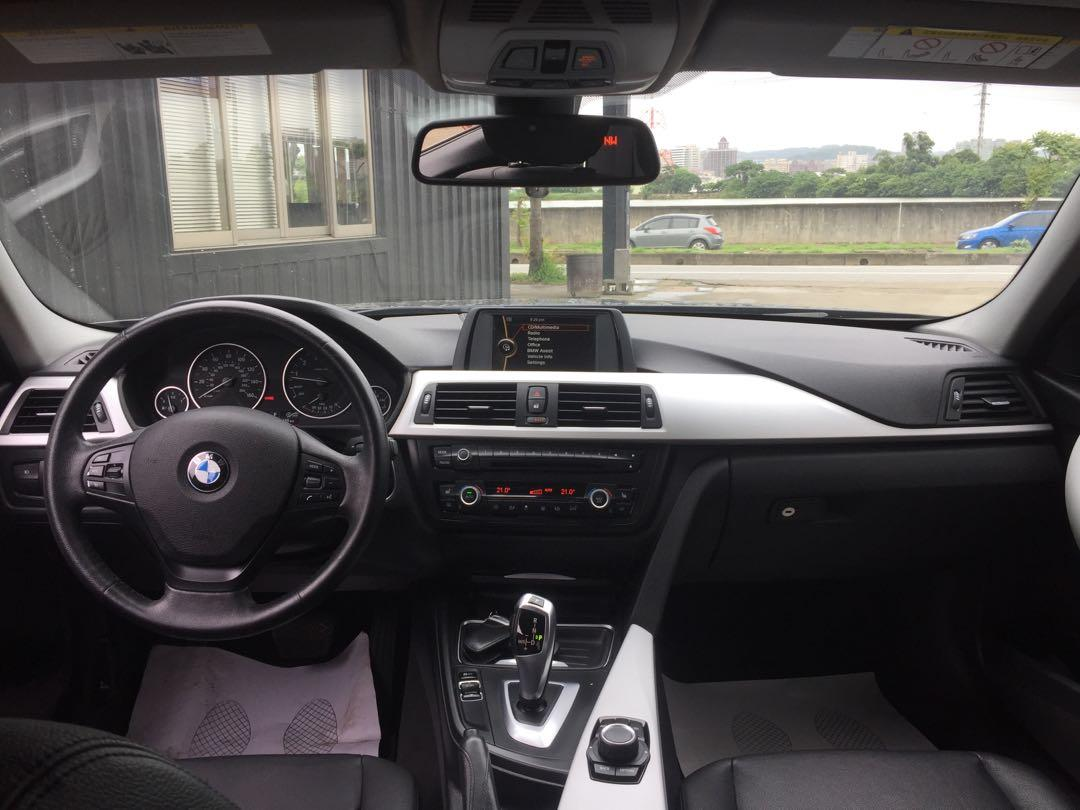 2012年 BMW 328I 🇩🇪🇩🇪黑頭質感房車