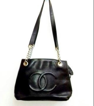 Chanel tote vintage bag😍all leather