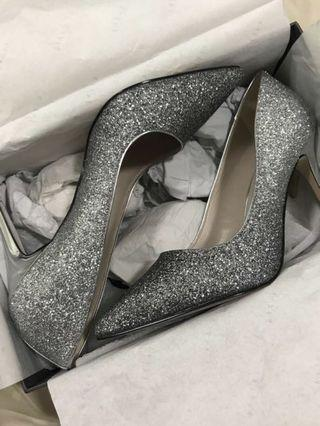 Pedro glitter pump ( only used once)