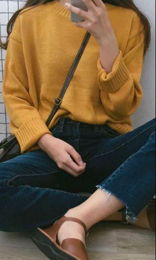 🚚 芥黃圓領毛衣
