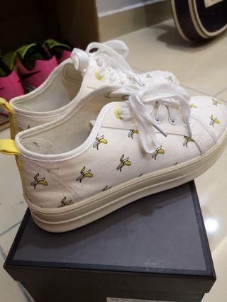 Korean Banana Shoes